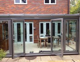 Modern, Contemporary Glass Extension in Princes Risborough